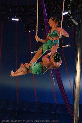 Zimbi Sisters, Philadelphia School of Circus Arts, Philadelphia Arts, Philadelphia Culture, Philadelphia School of Circus Arts, Static Trapeze, Circus Arts Movement Philadelphia