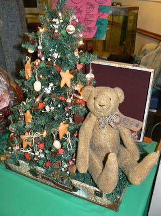 Holiday Pre-decorated Christmas Tree, Kory Aversa, Philadelphia Senior Center, Seniors Holiday Blues